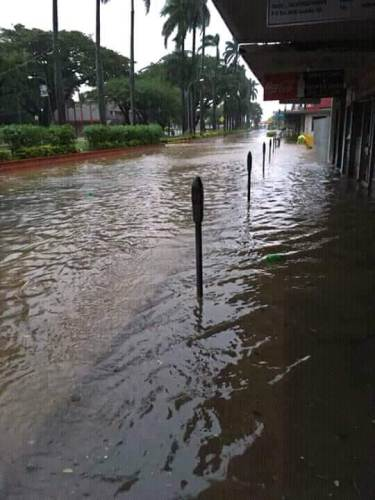 Lautoka was knee deep in water very early today. Picture: Narayan Reddy