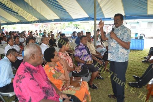 Minister for Local Government Parveen Kumar meet with Natokowaqa residents. Picture: REINAL CHAND