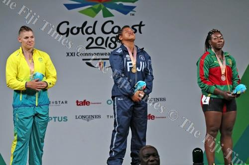 Eileen Cikamatana in tears during the playng of the national anthem. Picture: ELIKI NUKUTABU