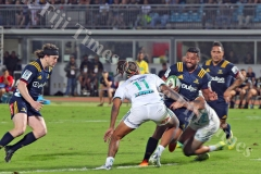 Pulse Energy Highlanders flyhalf, Lima Sopoaga tries to break through the Gallagher Chiefs defence during their Super Rugby match at the ANZ Stadium in Suva on Saturday, June 30, 2018. Picture: JONACANI LALAKOBAU