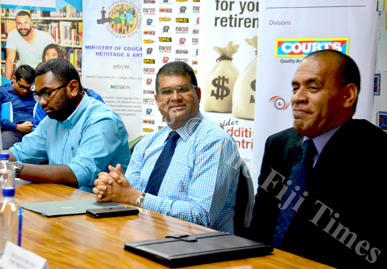 Reserve Bank of Fiji governor Ariff Ali (middle) is flanked by Roqiqi Korodrau (left) of Free Bird Institute and Sakiusa Bolaira (Uniti Trust of Fiji) during the launch of Capital Markets Week in Suva. Picture: ELIKI NUKUTABU