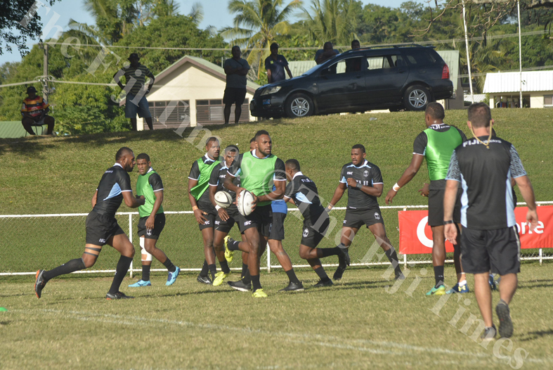 Fiji Airways 7s player Semi Kunatani (centre) trains with the team at Prince Charles Park in Nadi. Picture: REINAL CHAND