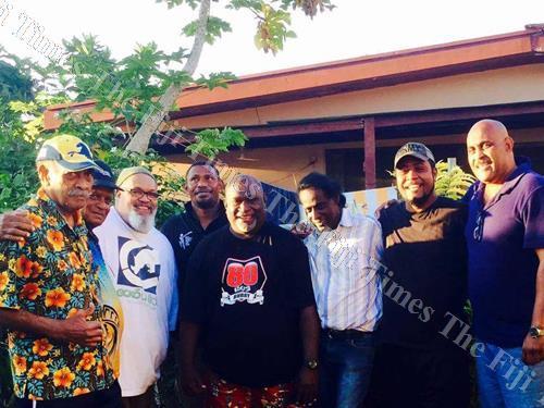 Mosese Baledrokadroka (centre) with Iliesa Baravilala (left), Jimmy Subhaydas and Makare members in Nadi. Picture: SUPPLIED/BIGWILZ