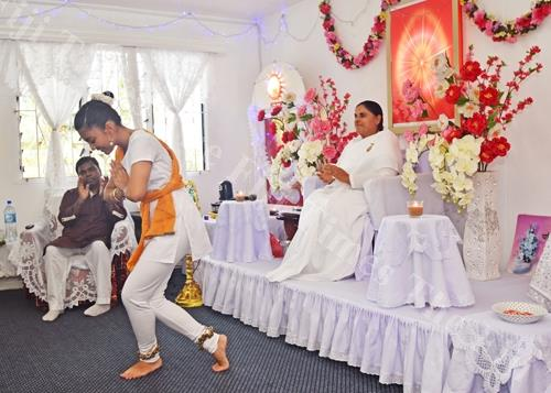 Ishita Shrivastav performs an item during the Ram Navami celebration as the Indian High Commissioner Vishvas Sapkal (left) and Bharma Kumari looks on at Bharma Kumari Ashram in Moti St yesterday. Picture: RAMA