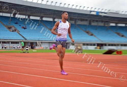 Errol Qaqa in action during the Shop N Save athletics competition at the ANZ Stadium. Picture: PAULINI RATULAILAI