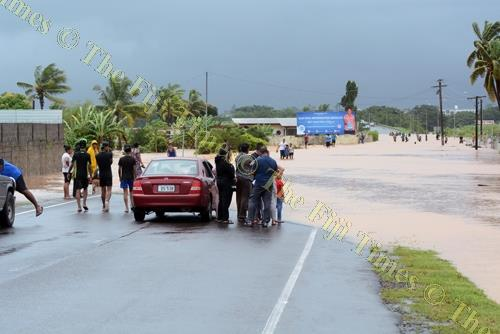 The flood in Ba last weekend saw some people stranded along the Kings Rd highway at Yalalevu. Picture: REINAL CHAND