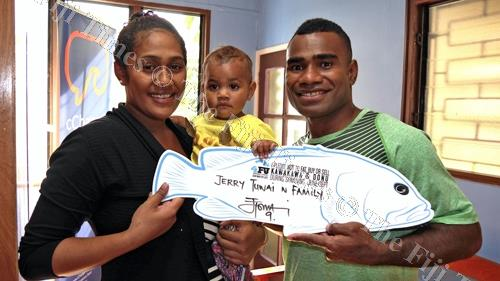 Fiji 7s Captain Jerry Tuwai and his family take the 4FJ pledge not to eat kawakawa and donu during breeding season. Picture: SUPPLIED